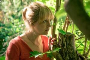 Eva (Laura Tonke) erfährt von den Verkaufsplänen der Verwandtschaft
